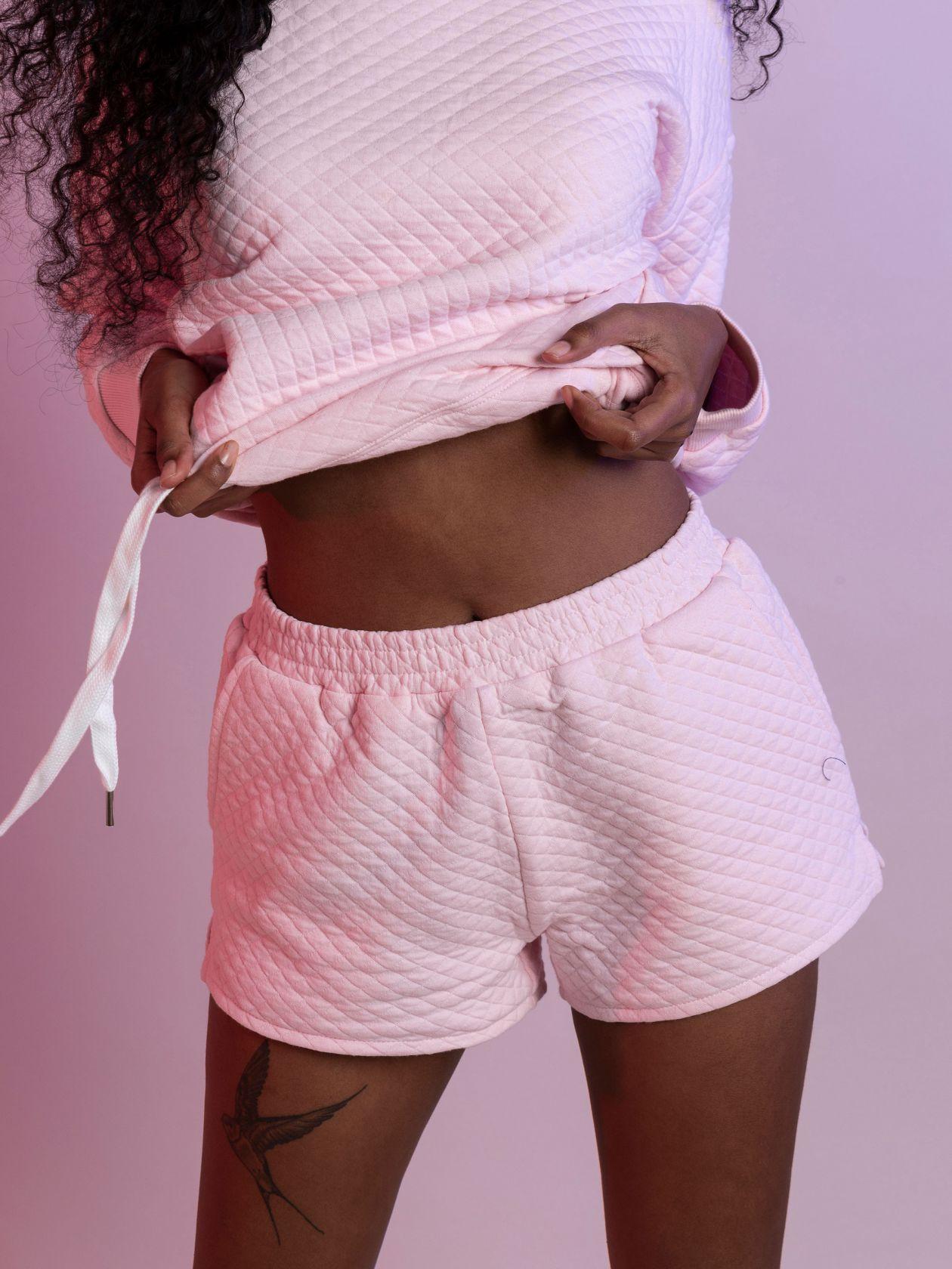 מכנסי קוילט קצרים SO BASIC