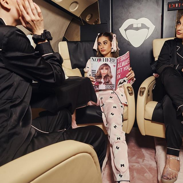 IF YOU'VE NEVER TAKEN A PRIVATE JET WITH YOUR BFF'S. WHAT THE HELL ARE U DOING WITH YOUR LIFE?! #fixnowhereairlines